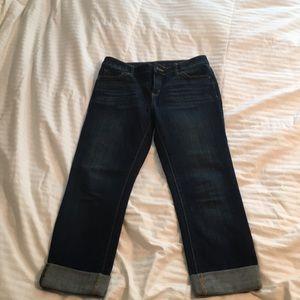 Denim cuffed Capri jeans